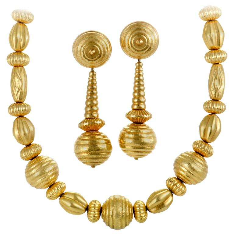 Ilias Lalaounis Yellow Gold Clip-On Earring and Necklace Set 1