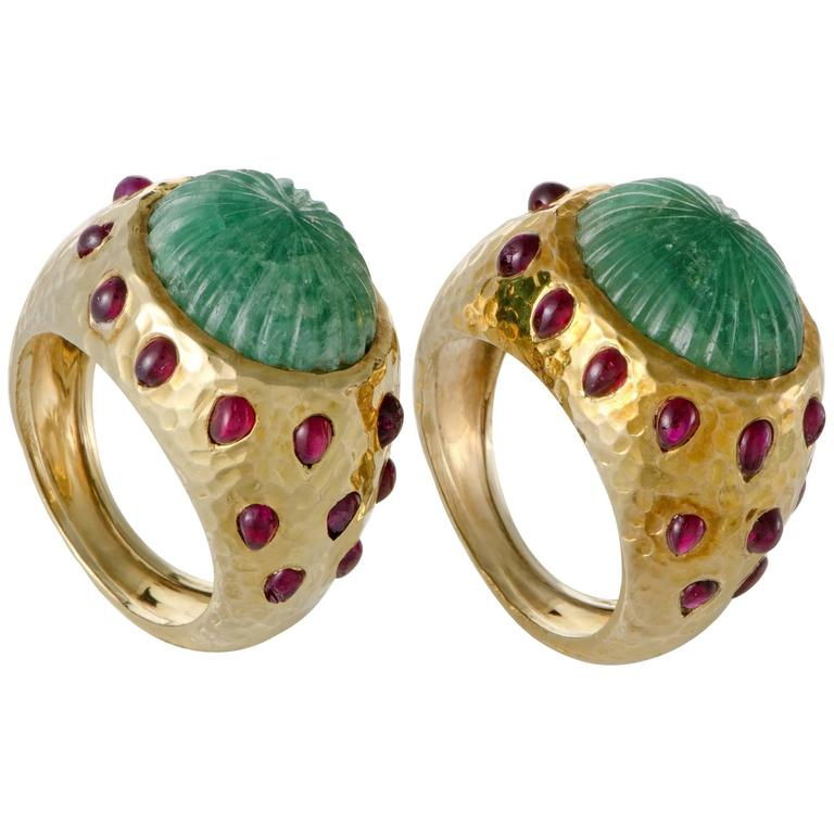 David Webb Emerald Ruby Yellow Gold Set of Rings 1