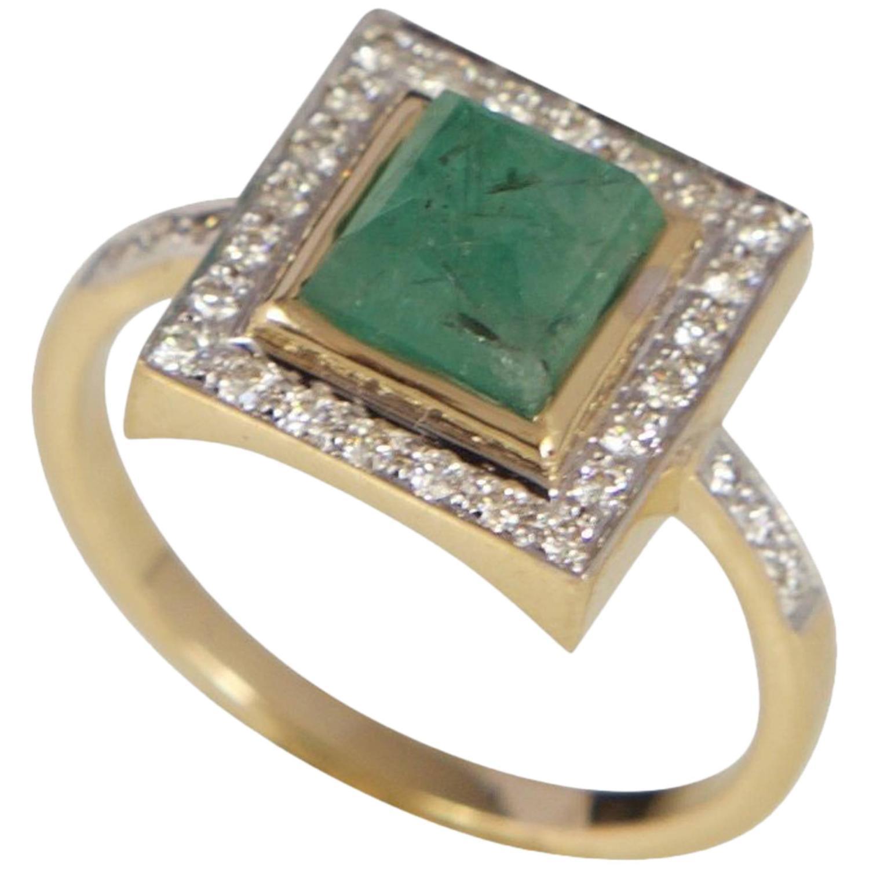 Diamond, emerald & yellow-gold ring Jade Jagger