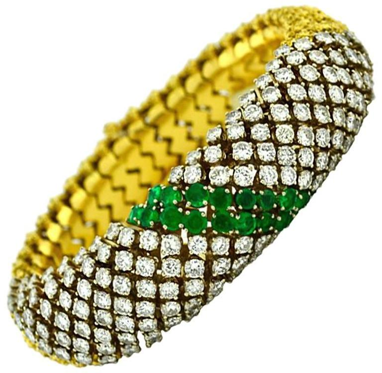 Stunning Emerald Diamond Gold Link Couscous Bracelet