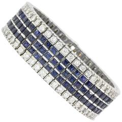 White Gold Bracelet with 30 carats of diamonds and blue sapphires