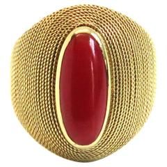 1970s Italian Coral Gold Ring