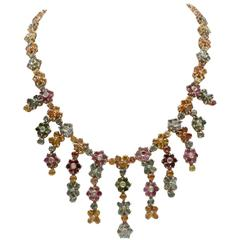 ct 1,60 Diamond and ct 61,55 Sapphire gold Necklace