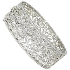 Diamond platinum Bangle clasp bracelet