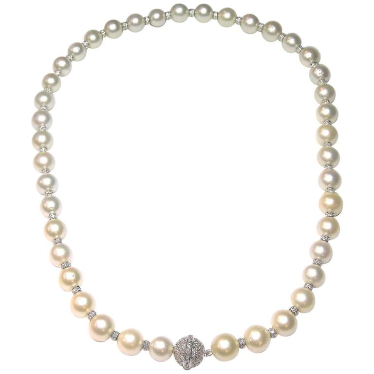 Fresh Water Pearls Strand Necklace with Diamond and Gold Rondelles