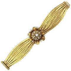 Ladies Yellow Gold Flip-Top Floral Dome Bracelet Wristwatch