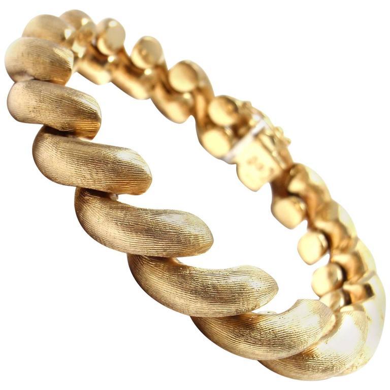 7fad9840ceaec 1960s San Marco Macaroni Link Yellow Gold Bracelet
