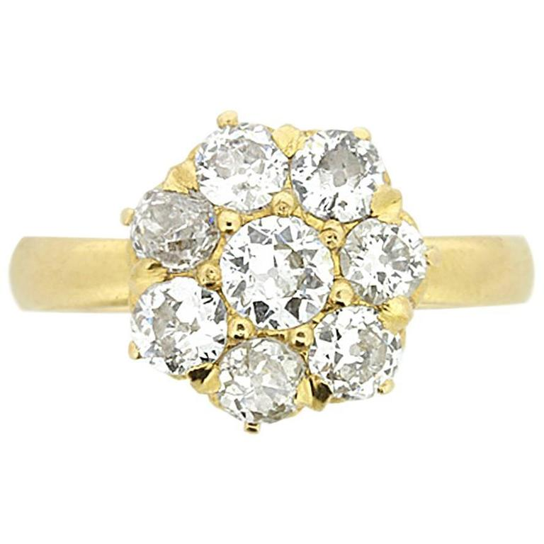 Antique 1.30 Carat Old Cut Diamond Daisy Cluster Ring, circa 1900s