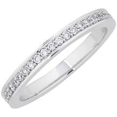 0.46 Carats Brilliant Cut White Diamonds White Gold Van Oranje Eternity Band