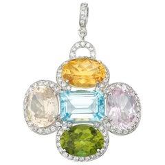 Stunning Large 1.90 Carat Colorless Diamonds Gemstone Gold Necklace Pendant
