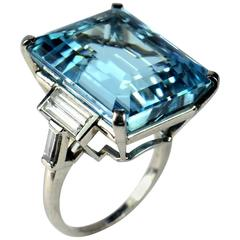 Trabert & Hoeffer Mauboussin 32 Carat Aquamarine Diamond Platinum Cocktail Ring