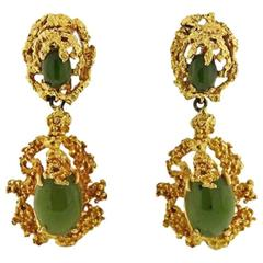 1970s Green Jade Cabochon Gold Free-Form Dangle Clip Earrings