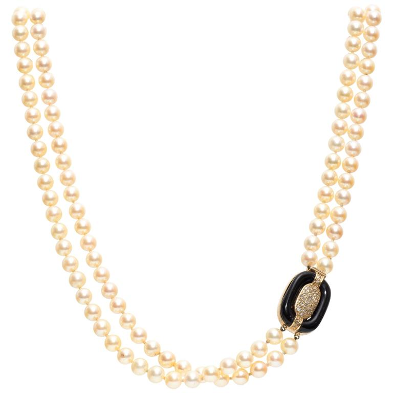 1960s Double Strand Pearl Necklace with Onyx Diamond Gold Accent