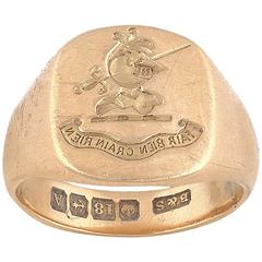 1920s English Gold Engraved Crest Signet Ring