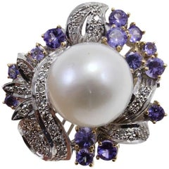 0.75 ct Diamonds 2.53 ct Tanzanites, 4 g Pearl White and Rose Gold Cocktail Ring