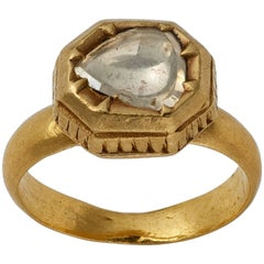 Indian Gold Ring with Diamond