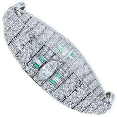 Elegant Art Deco Emerald Diamond Bracelet