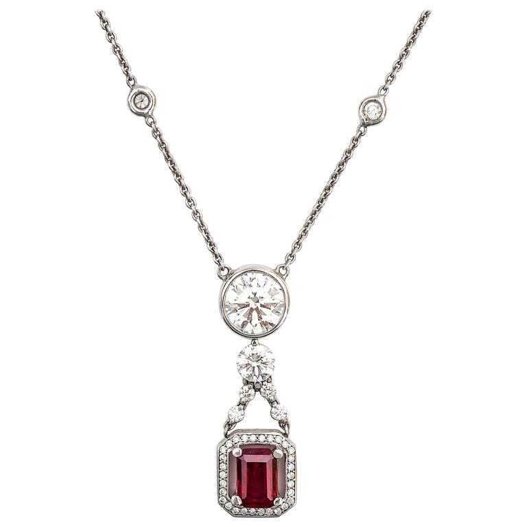 2.08 Carat Ruby and 3.69 Carats Diamonds Drop Necklace