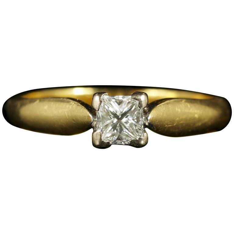 Princess Cut Diamond Solitaire Ring Engagement Ring 18 Carat Gold For Sale