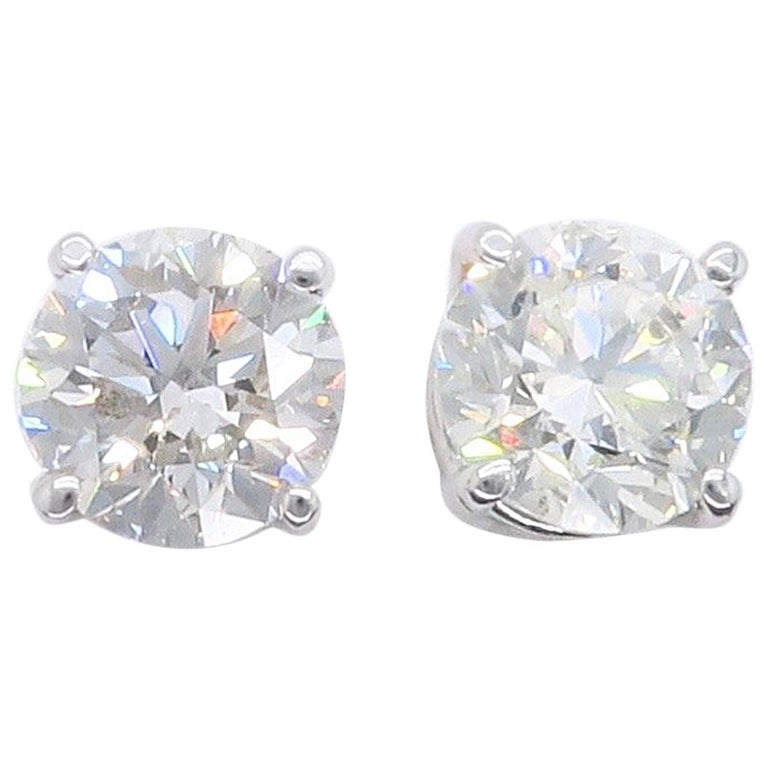 1 carat stud earrings sale 1 80 carat stud earrings for sale at 1stdibs 4147
