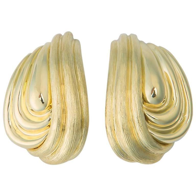 Elegant Henry Dunay Sabi and Shiny Gold Earrings For Sale