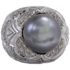 Diamond and Gray Pearl Ring