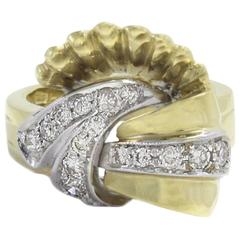 Diamond and Yellow Gold Fashion Ring