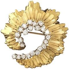 14 Karat VS 1.25 Carat Diamond Swirl Brooch Pin Pendant for Necklace