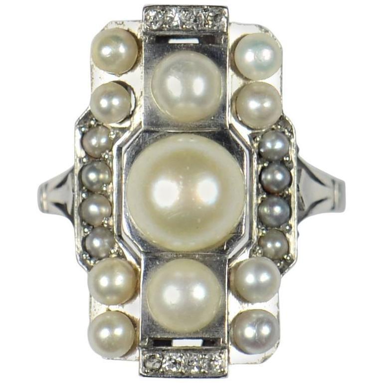 French Art Deco Natural Pearl Diamond Platinum Ring, circa 1930