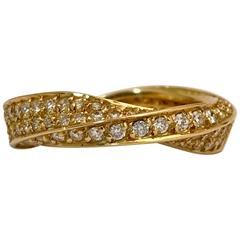 89 White Diamonds Yellow Gold Engagement Ring