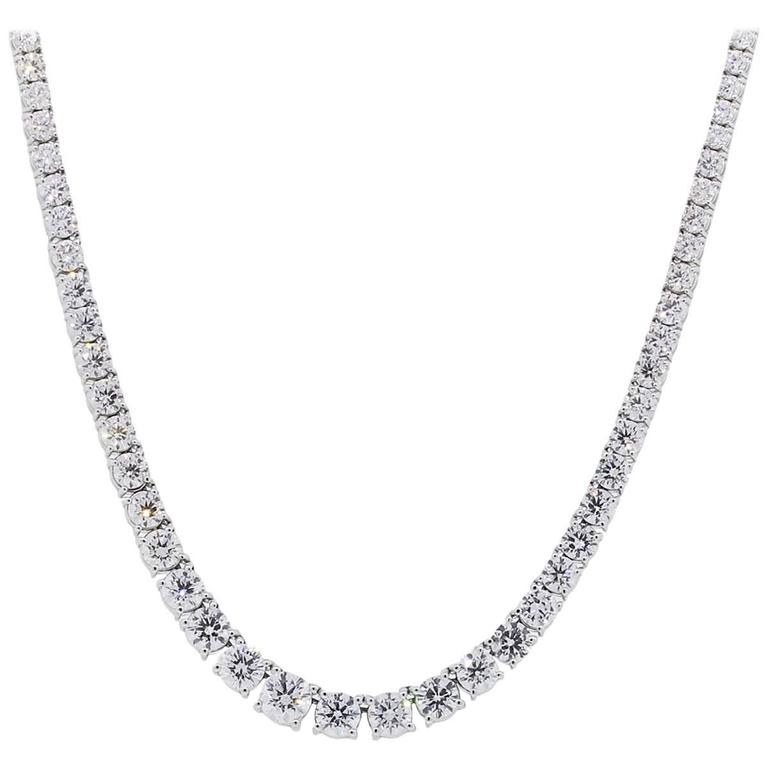 Round Brilliant Diamond White Gold Graduated Necklace