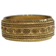 Yellow Gold English Hinged Bangle Bracelet, circa 1890s