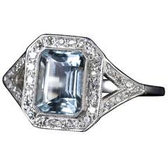 Aquamarine Diamond Ring Art Deco 2.5 Carat Emerald Cut Aquamarine 18 Carat Gold