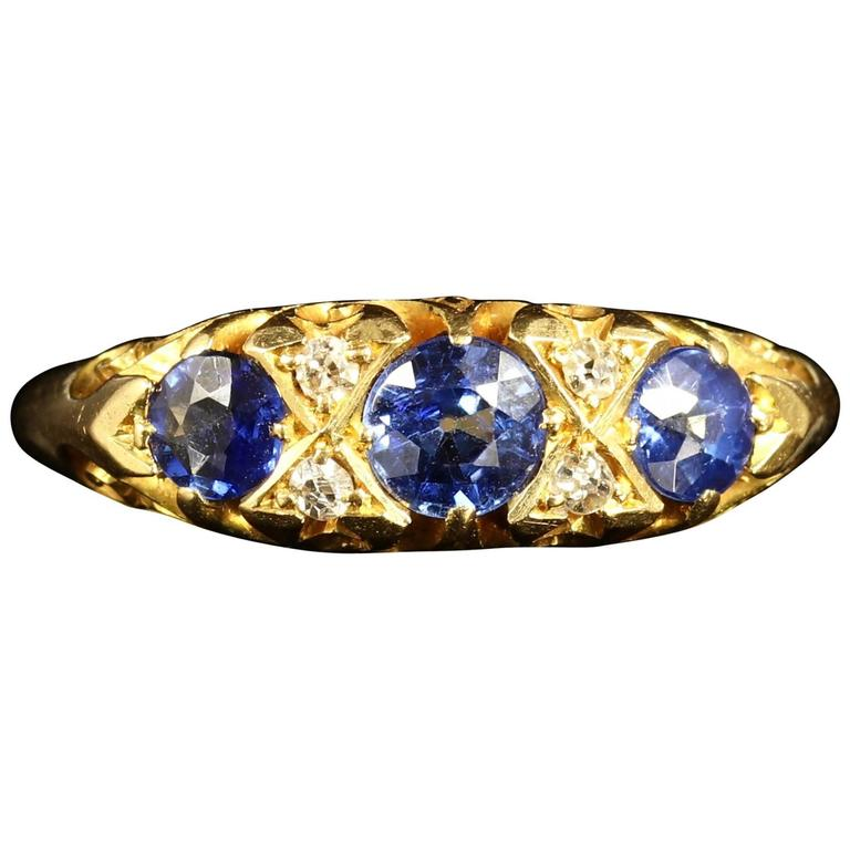 AntiqueEdwardian Sapphire Gold Ring 18 Carat, circa 1905