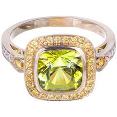 Peter Suchy Yellow Green Tourmaline Diamond Gold Cocktail Ring