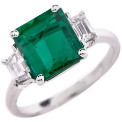 Impressive GIA Certified 2.44 Carat Emerald 0.66 Carat Diamond Platinum Ring