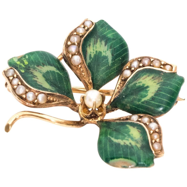1890s Art Nouveau Four Leaf Clover Brooch, Gold, Enamel, Pearls