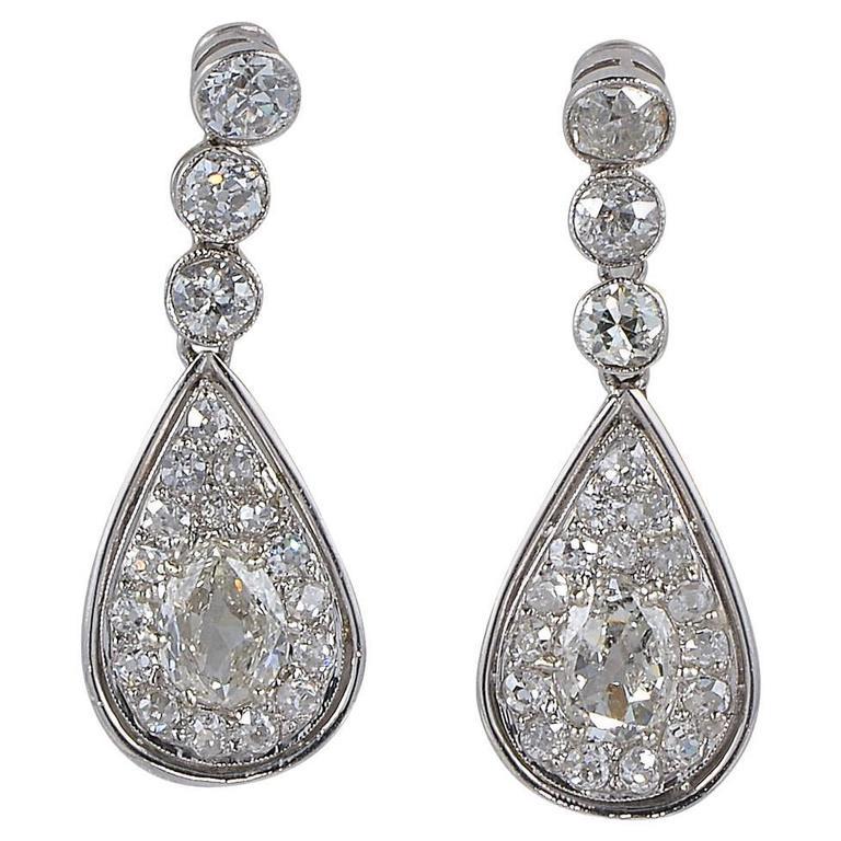4.60 Carat Old Mine Diamond 1900 Rare Platinum Edwardian Drop Earrings