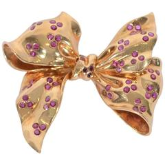 Retro Burma Ruby Gold Bow Brooch