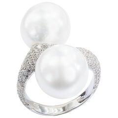 Yvel Pearl and Diamond Twist Ring 18 Karat White Gold R-2-SS-2W