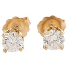 0.65 Carat Diamond and 14 Karat Yellow Gold Stud Earrings