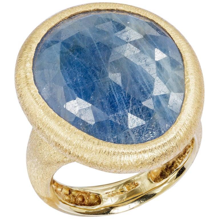 Yvel 17 Carat Dark Blue Sapphire Ring 18 Karat Yellow Gold Size 6.75