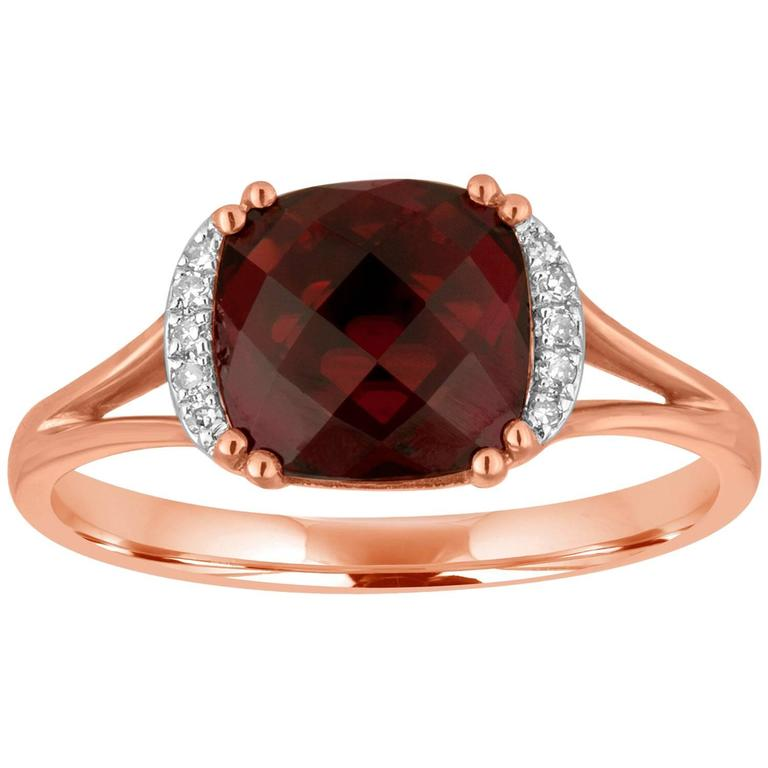 Cushion Cut 3.19 Carat Garnet and Diamond Gold Ring