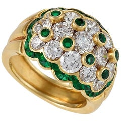 Van Cleef & Arpels 1960's Diamond Emerald and Gold Ring