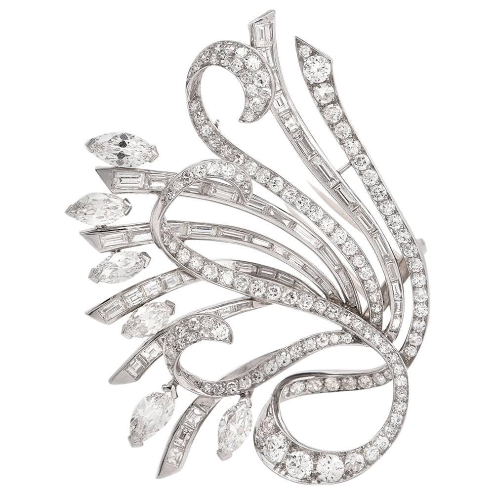 Vinatge 15.51 Carat Diamond Platinum Floral Motif Lapel Brooch