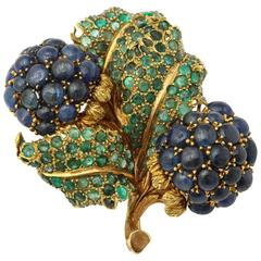 Buccellati Emerald Cabochon Sapphire Yellow Gold Flower Brooch