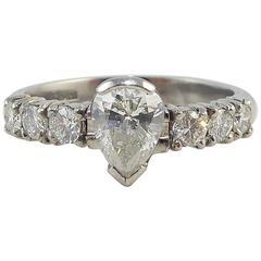 Pre-Owned Pear Shaped Diamond Ring Brilliant Diamond Shoulders 0.86 Carat