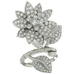 Van Cleef & Arpels Lotus Between the Finger Diamond White Gold Ring