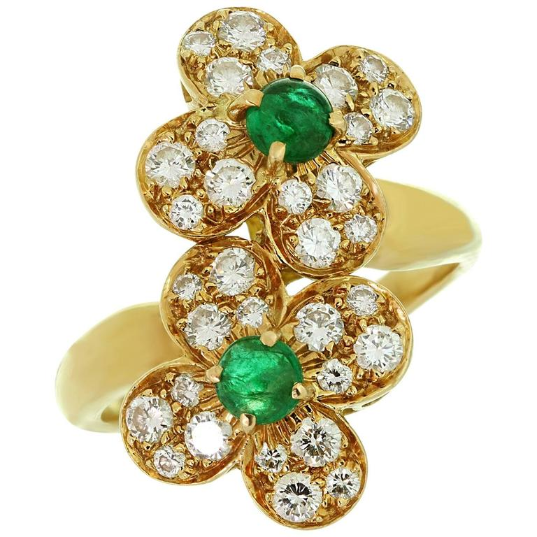 Van Cleef and Arpels Trefle Diamond Emerald Yellow Gold Double