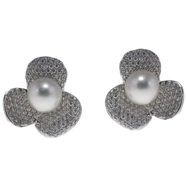 Luise Australian Pearl Diamond Gold Flower Shaped Earrings